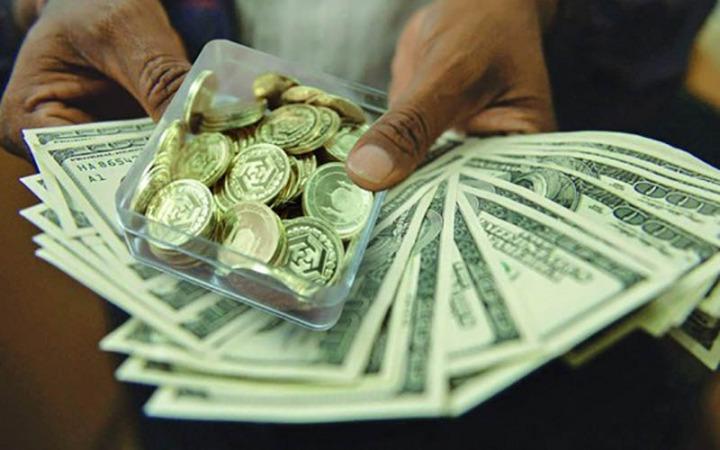 بازار طلا و دلار چشم انتظار مذاکرات وین/قیمتها افزایشی شد