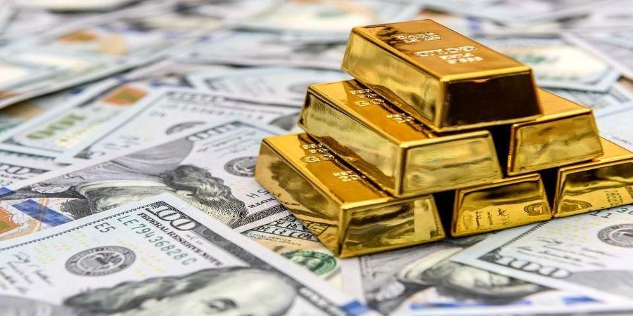 دلار عقب نشینی کرد/طلا وارد کانال ۹۰۰هزار تومان شد