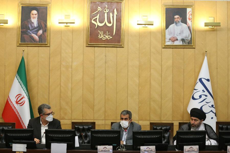 رئیس سازمان بورس در مجلس حاضر شد؛ راهکارهای ساماندهی بازار سرمایه