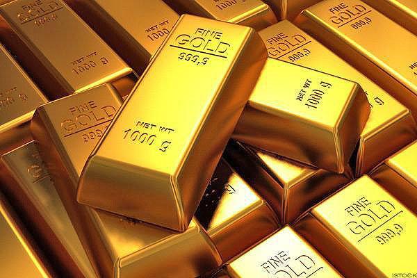 طلا در ۲ هفته گذشته ۱۰۰ دلار گران شد