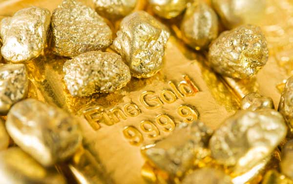 ماه طلایی برای فلز زرد